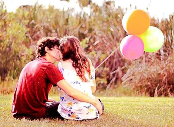 自然なキスの誘い方♥奥手な彼氏がキスしたくなる8選