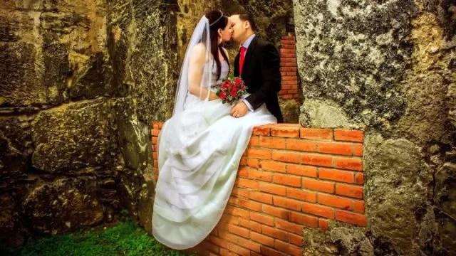 結婚式の誓いのキスで注意すべき6のこと