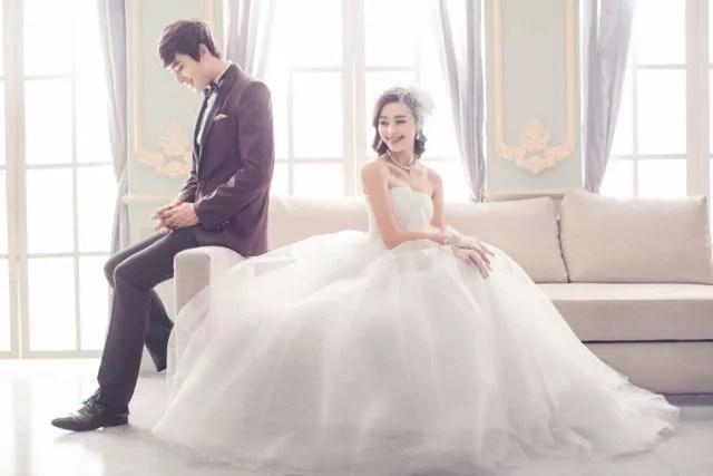日曜日の結婚式:披露宴は迷惑?その理由とベストな曜日