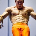 Body-weight exercise vs bodybuilding
