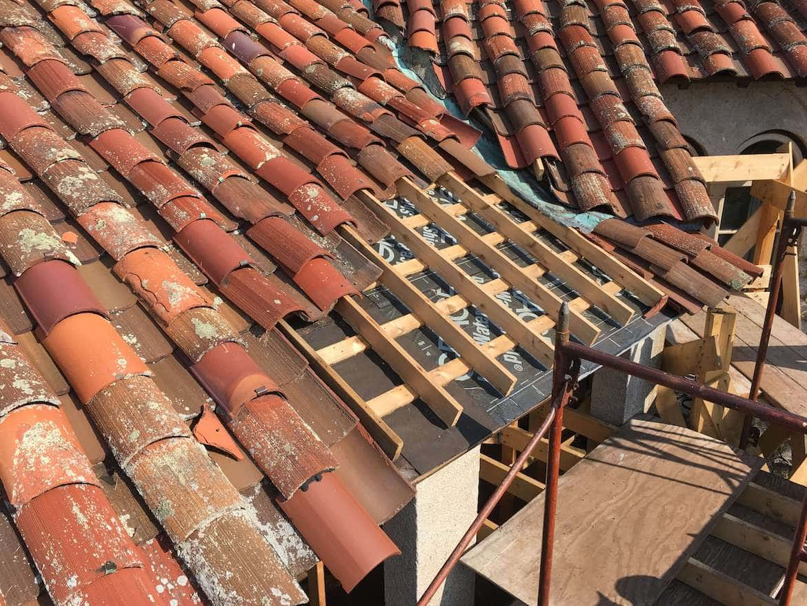 clay tile roof contractor ri ma