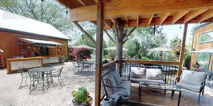 treehouse deck st louis parties