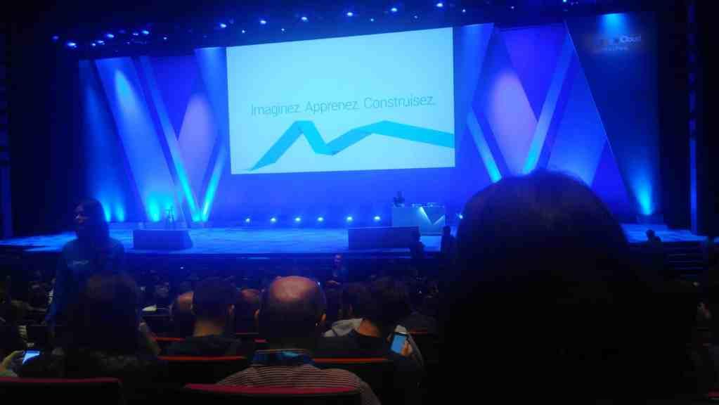 Paris 2017 Google Cloud Summit main stage blue screen
