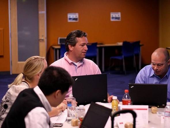 size_590_Aprenda-a-delegar-tarefas_ou-como-inovar-o-dia-a-dia-da-empresa_01_Nick-Howe
