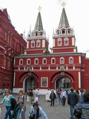 Resurrection Gate and the Iverskaya Chapel at the Red Square