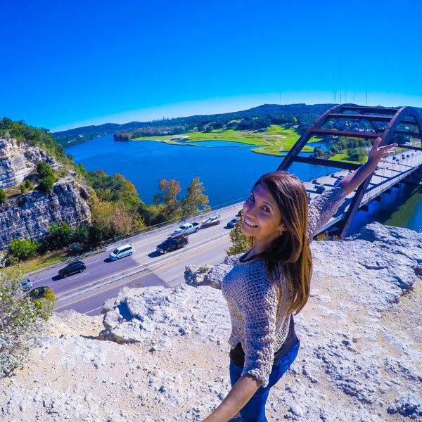 Travel Vlogger Renata Pereira