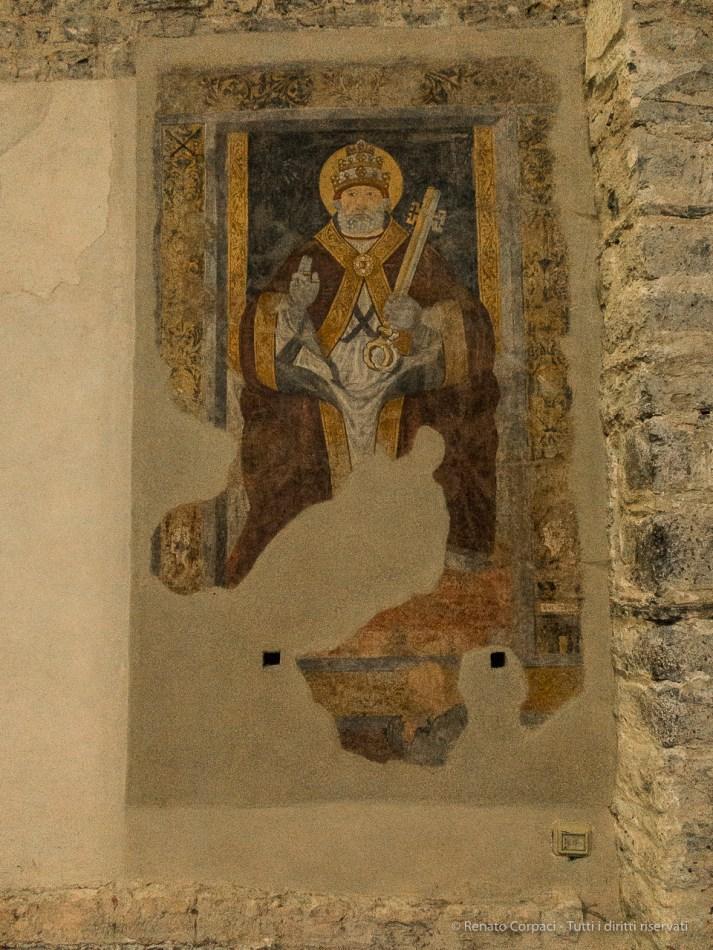 Abbazia romanica di San Pietro al Monte - Canon PawerShot G1 X, 15.1mm (15.1-60.4mm), 1/60 ƒ/2.8 ISO 6400