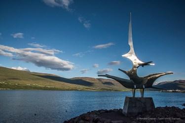 Skipagata, a sculpture of Jón Gunnar Arnason decorates the seashore of Akureyri. Nikon D810, 27 mm (24-120.0 mm ƒ/4) 1/500 sec ƒ/22 ISO 1250