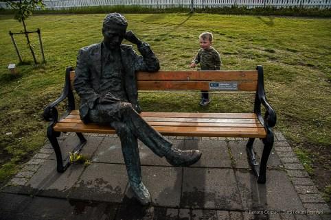 """""""Tómas Guðmundsson"""", 2010 sculpture by Halla Gunnarsdottir. Nikon D810, 28.0mm (24-120.0mm ƒ/4.0) 1/400 sec ƒ/10 ISO 400"""