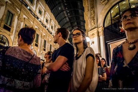 An evening of Tango in the Milano, Galleria Vittorio Emanuele II, June 2018. Nikon D810, 24 mm (24-120 mm ƒ/4) 1/125 mm ƒ/4 ISO 4500