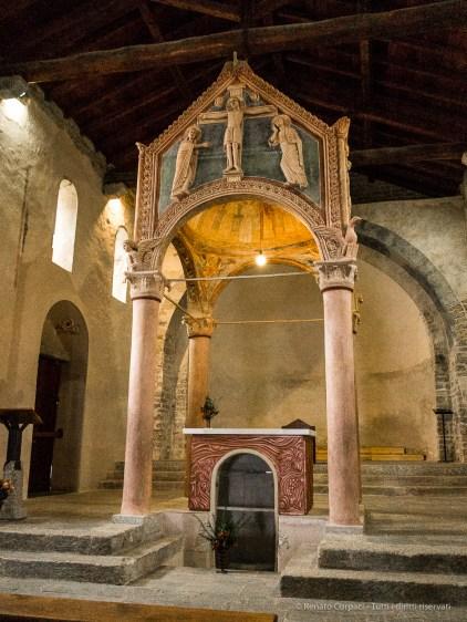 Abbazia romanica di San Pietro al Monte - Canon PawerShot G1 X, 15.1mm (15.1-60.4mm), 1/40 ƒ/2.8 ISO 6400