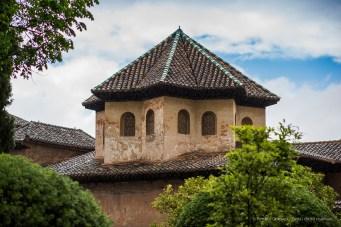 Alhambra, Granada, aprile 2015 - Nikon D300s, 16mm (16-85mm ƒ/3.5-5.6) 1/50sec ƒ/3.5 ISO 800