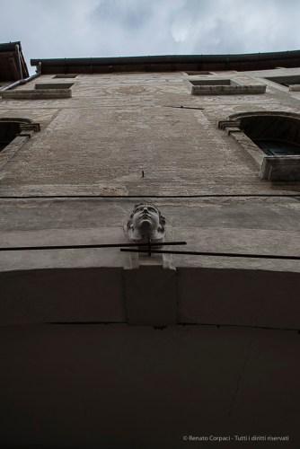 Pordenone. Facciata. Nikon D810, 24 mm (24-120.0 mm ƒ/4) 1/125 sec ƒ/4.5 ISO 64