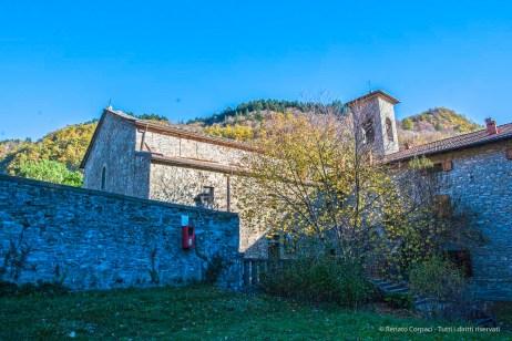 """Pieve romanica di Badia Prataglia (986 d.C.). Nikon D810, 24 mm (24.0 mm ƒ/1.4) 1/40"""" ƒ/8 ISO 64"""