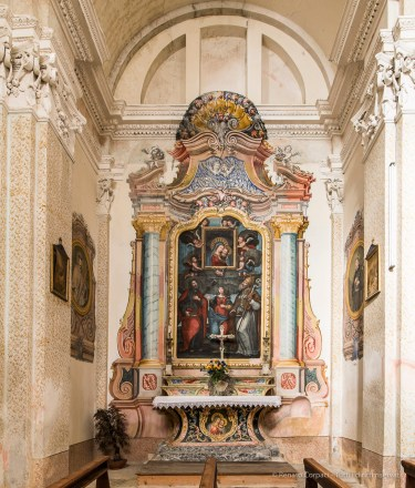 "Our Lady of Good Advice triuphant with Saints Andrew, Euphemia and Gottado. Somasassa, Valtellina, church of San Gottardo, XVIII Century. Nikon D810, 20 mm (20 mm ƒ/1.8) 2"" ƒ/14 ISO 64"
