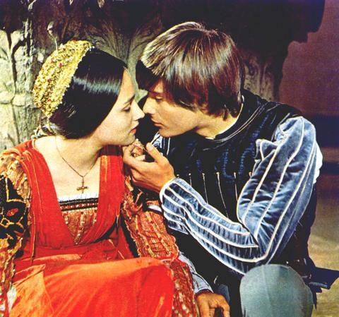 """32 - """"Romeu & Julieta"""" (1968)"""