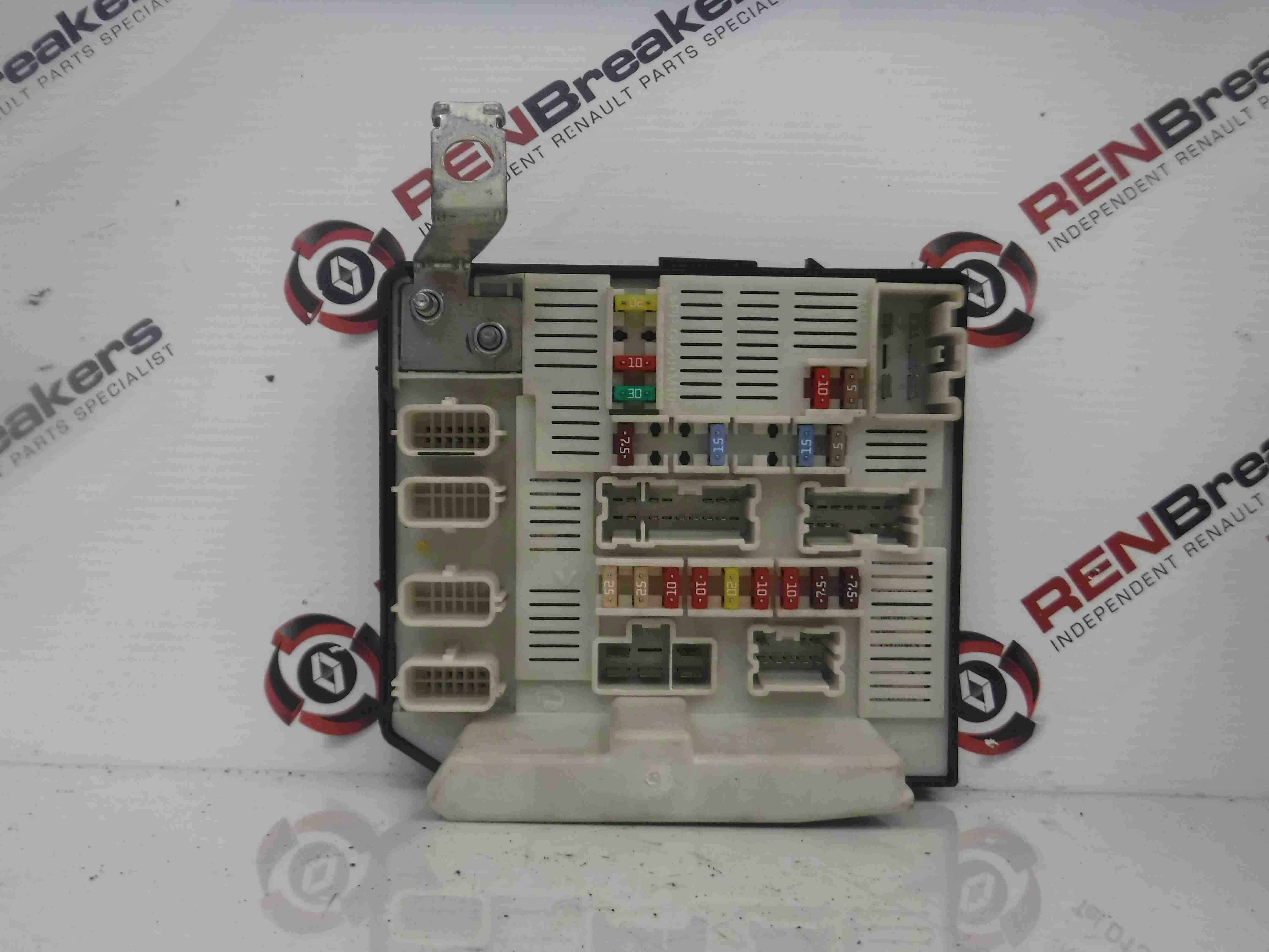Renault Scenic Engine Bay Fuse Box Upc Unit N Ebay