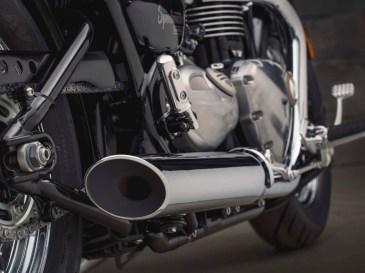 Bonneville Speedmaster 2018 Exhaust Cans