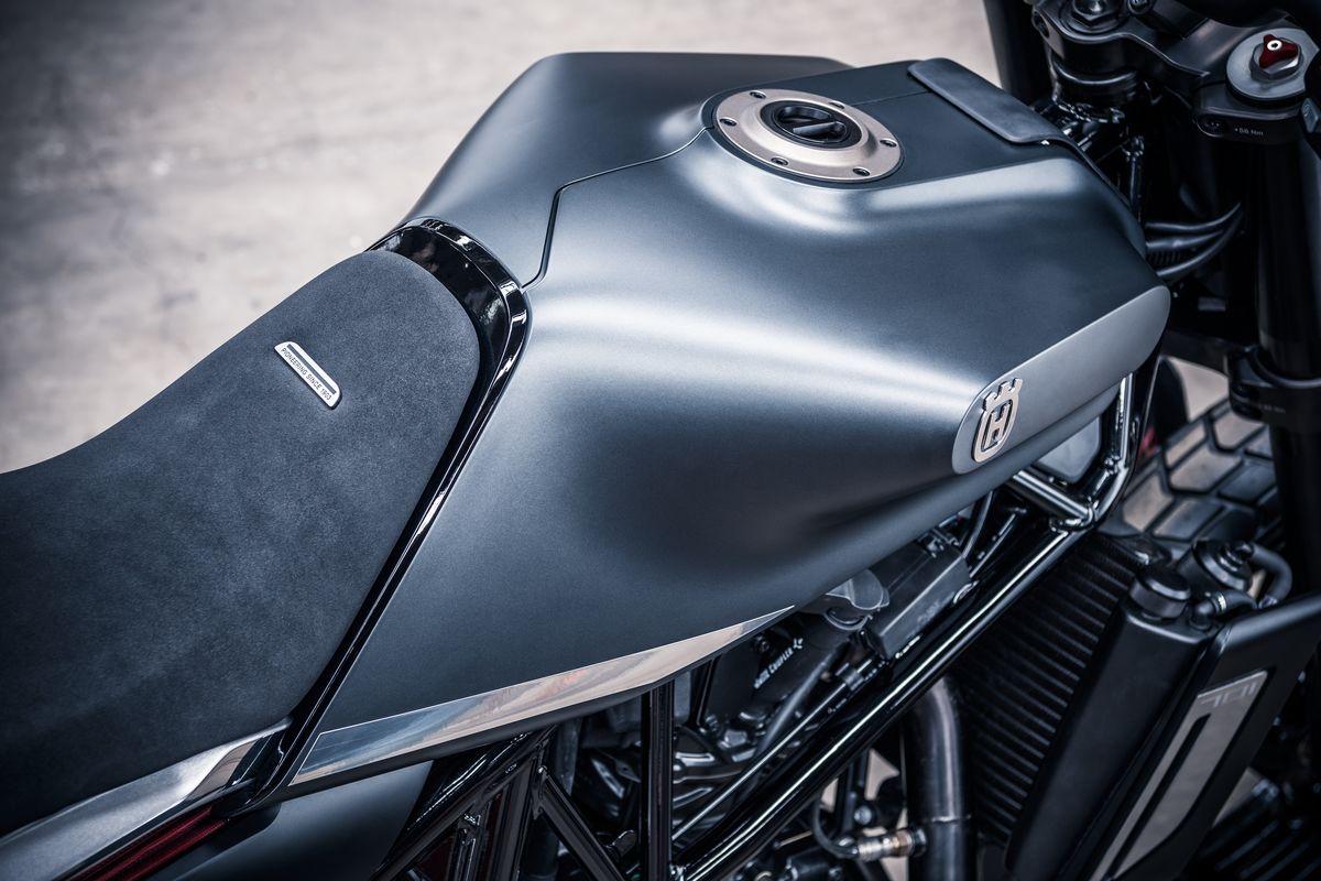 Svartpilen 701 Concept Seat & Tank Detail