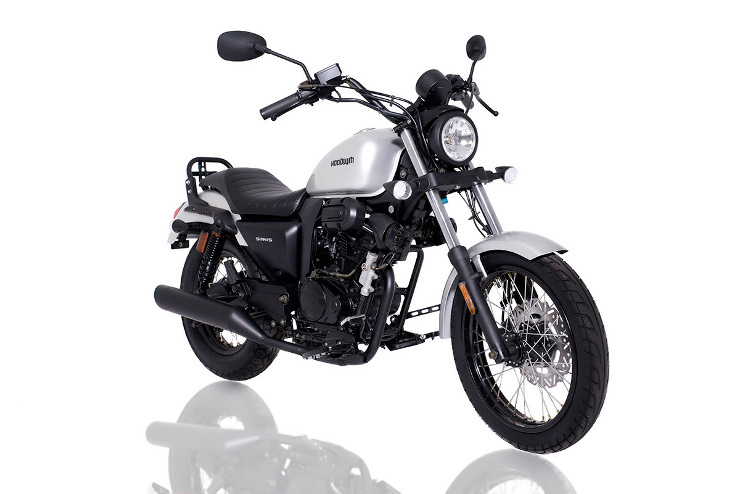 Retro 125cc - Sinnis Hoodlum 125cc Silver Front Right