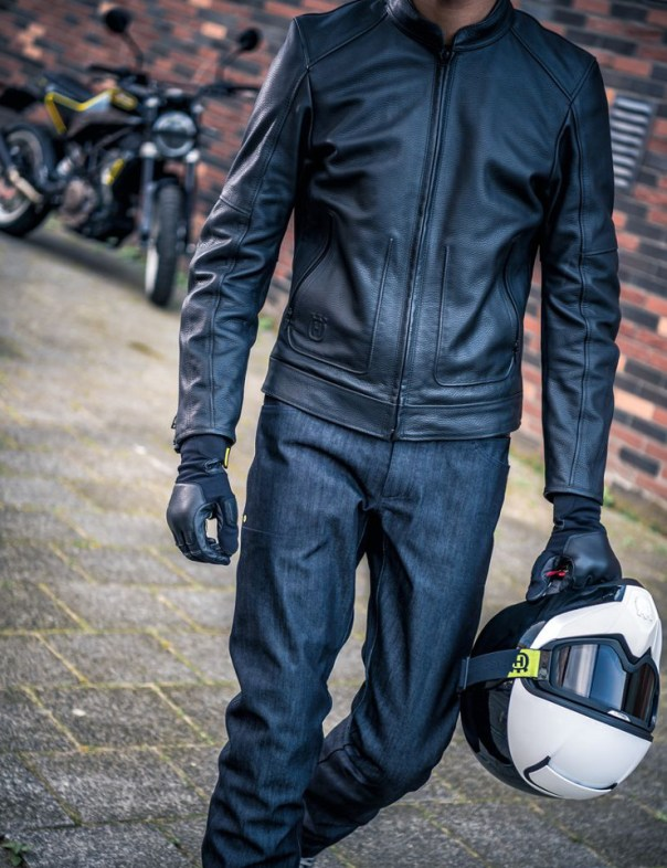 PILEN HELMET Vitpilen Svartpilen Clothing Collection 2018
