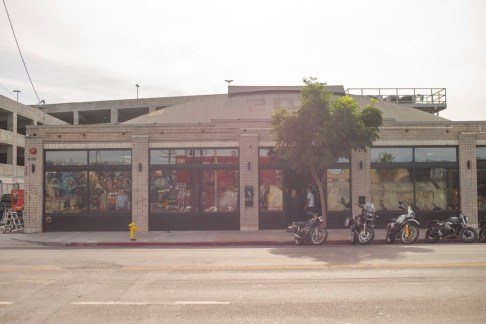 THE_HOUSE_OF_MACHINES_LA_EXTERIOR