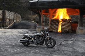 Indian-Scout-Bobber-Custom-Gold-Black-Jack-Daniels-Fire-shot-3