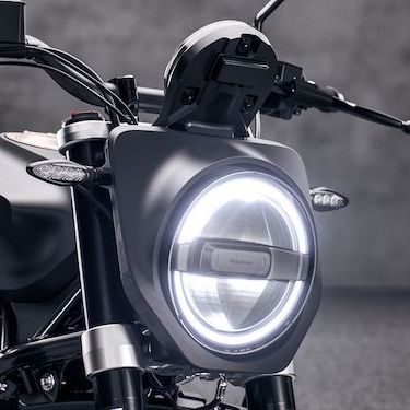 Husqvarna Svartpilen 701 2019 [Headlight]