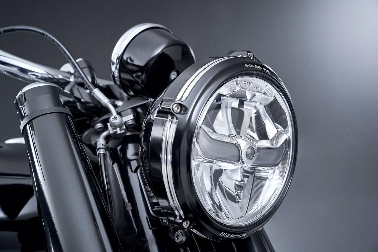 Tone-two headlight