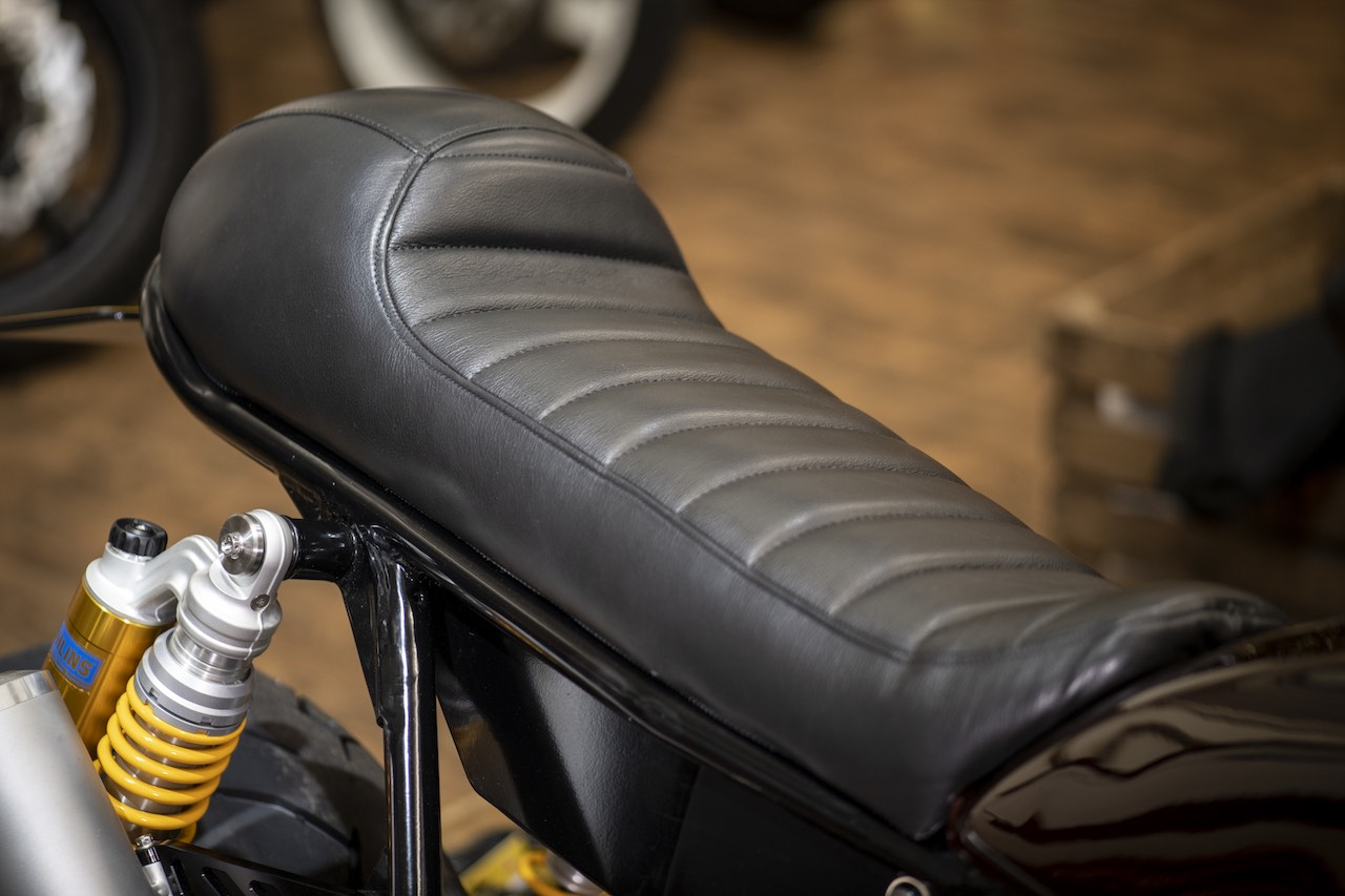 Cafe Racer Bump Seat