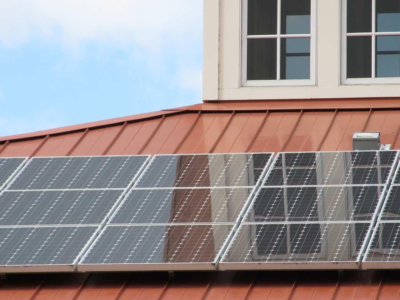 Rensning af solceller - Solpaneler