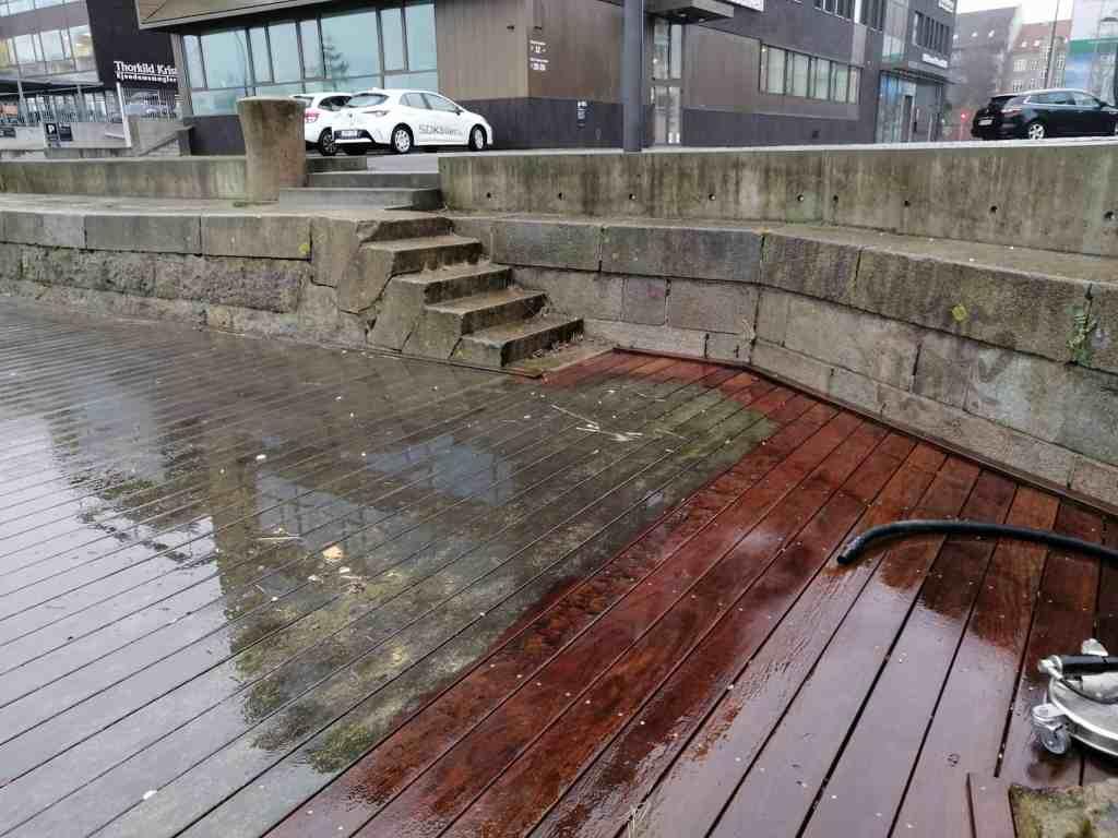 rensnings af terrasse
