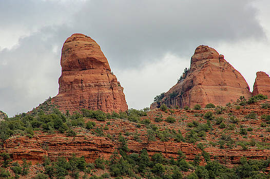 Red Rock of Sedona by Laura Smith