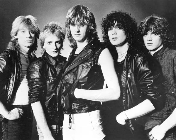 def leppard poster
