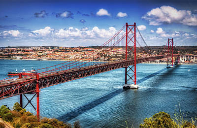 25 De Abril Bridge - Micah Offman