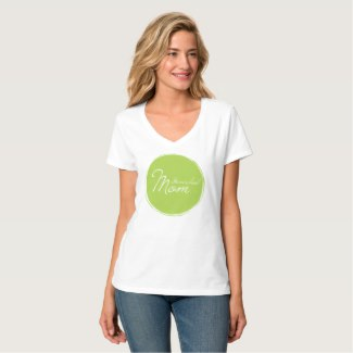 Homeschool Mom Tee | Renée at Great Peace #homeschool #homeschoolmoms #ihsnet