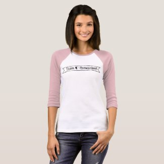 Team Homeschool Jersey Tee | Renée at Great Peace #homeschool #moms #ihsnet