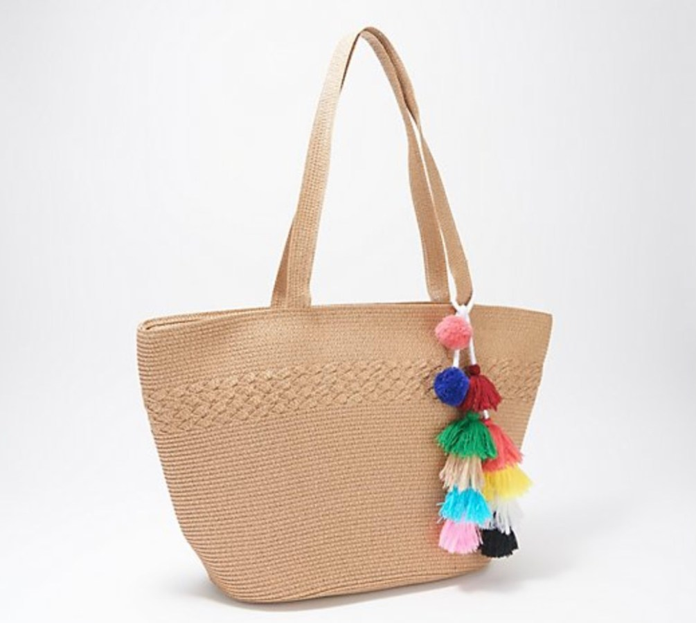 Straw Bag with Tassel Detail (1)