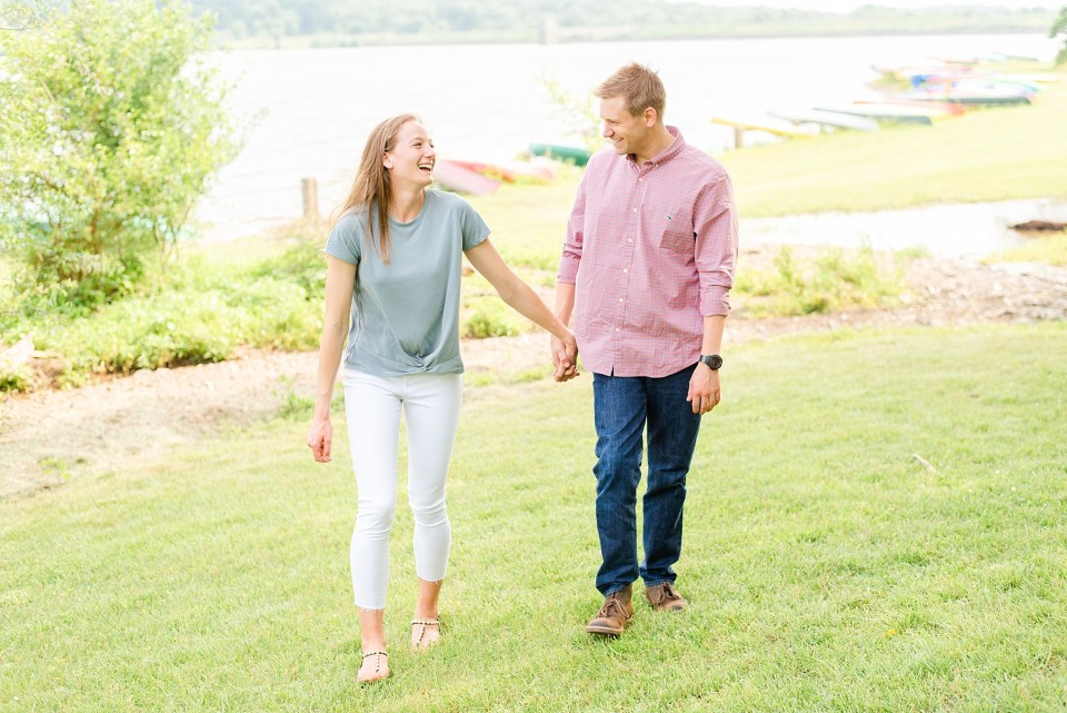 PA wedding photographer Renee Nicolo Photography captures Peace Valley engagement session