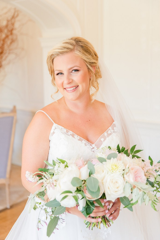 bridal portrait at French Creek Golf Club by PA wedding photographer Renee Nicolo Photography