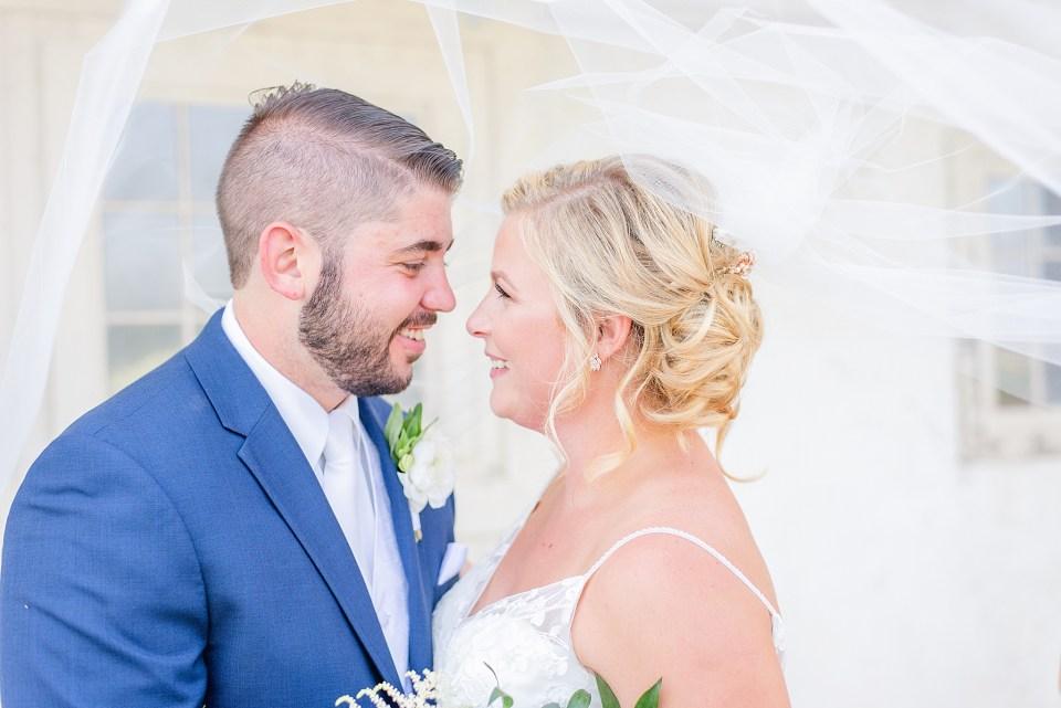 bride and groom portraits with Pennsylvania wedding photographer Renee Nicolo Photography
