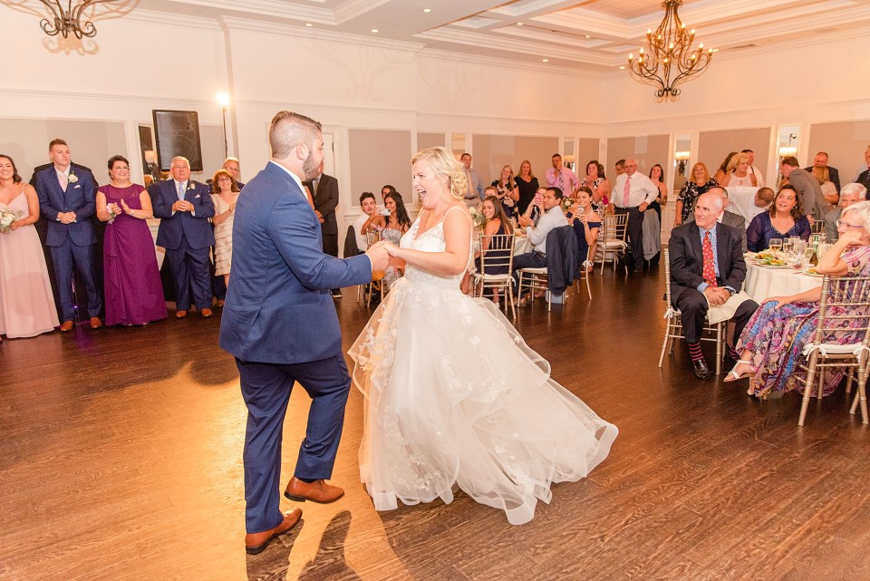 Renee Nicolo Photography photographs first dance at French Creek Golf Club