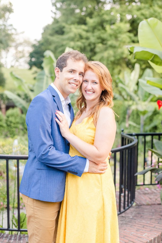 summer engagement portraits by Renee Nicolo Photography