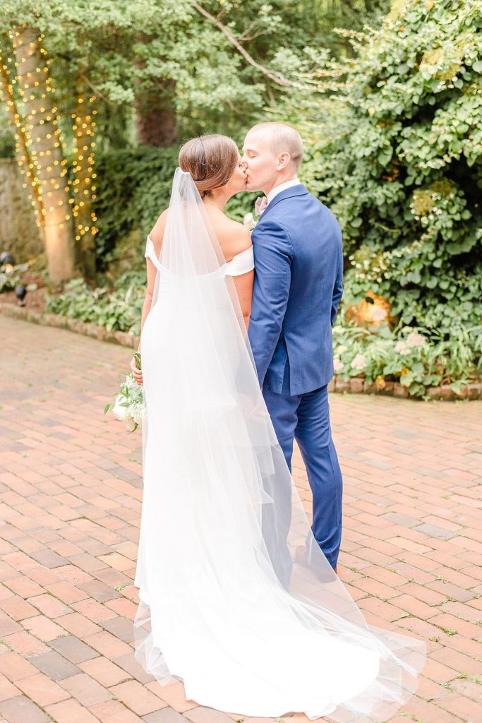 Renee Nicolo Photography photographs New Hope PA wedding