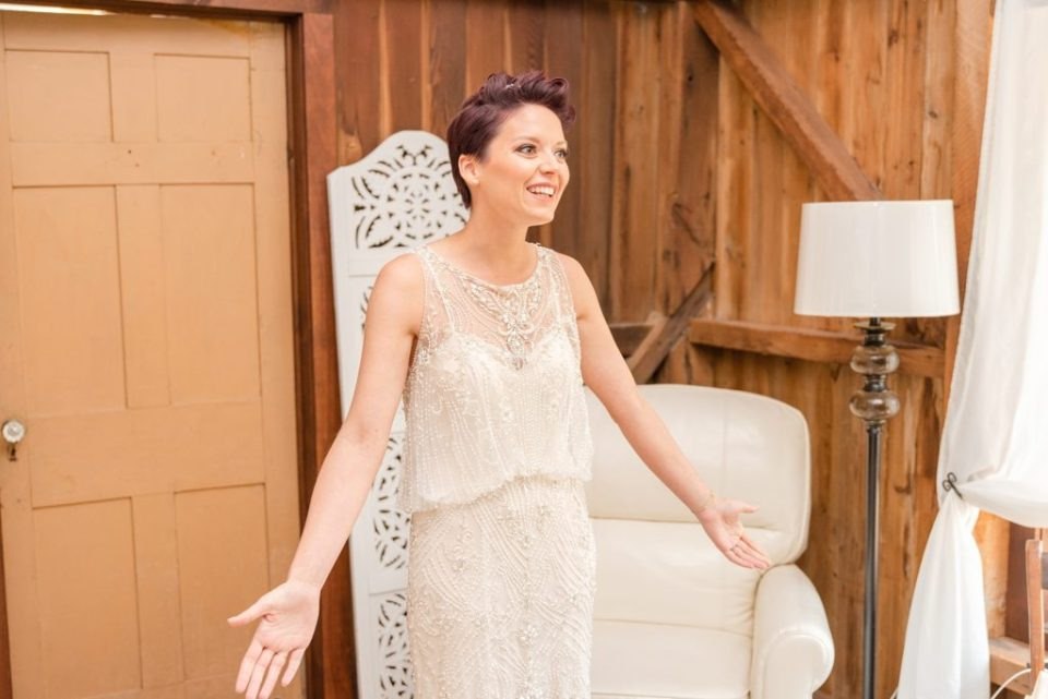 bride's first look with father photographed by Renee Nicolo Photography