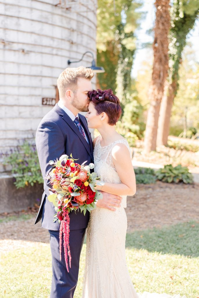 fall wedding day at Historic Stonebrook Farm with Renee Nicolo Photography