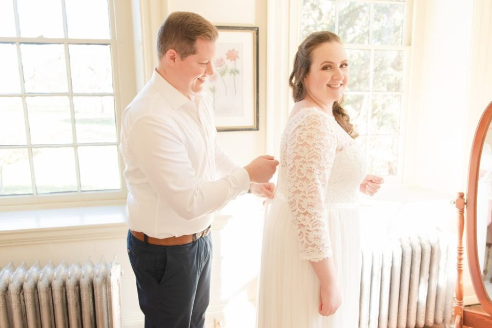 bridal preparations for wedding day in Chesterbrook PA with Renee Nicolo Photography