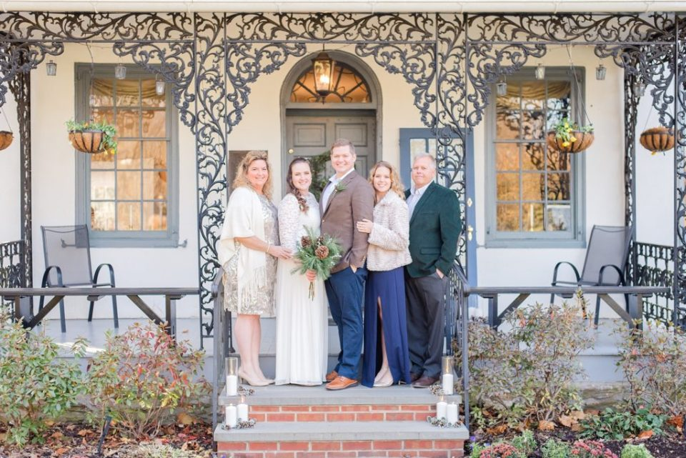 family portraits at Duportail House with Renee Nicolo Photography