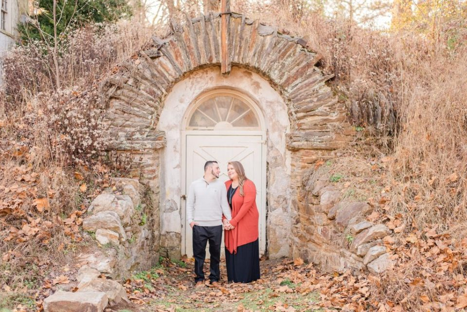Renee Nicolo Photography photographs engagement session in Valley Forge National Park