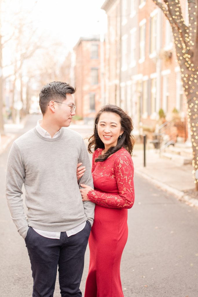 engagement photos on streets of Philly PA by Renee Nicolo Photography